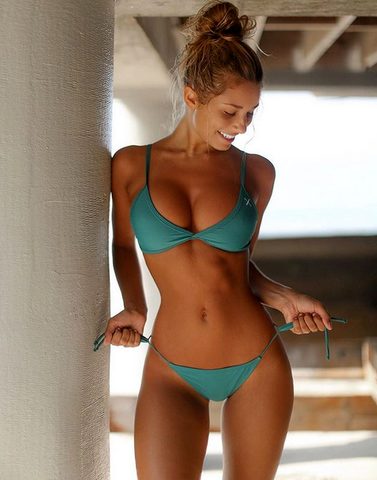 Sierra Skye fitness model