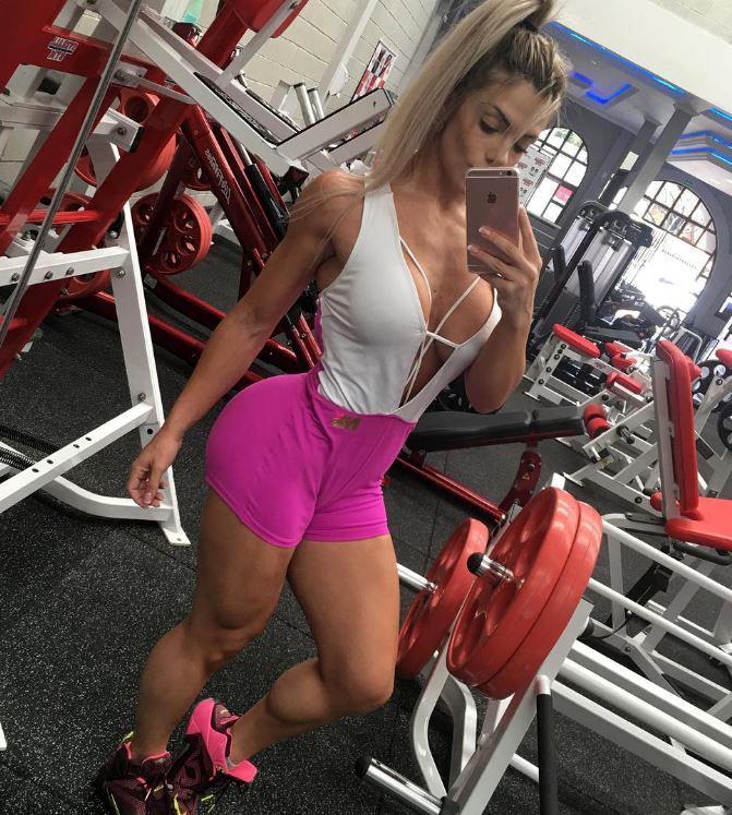 Roberta Zuniga workout